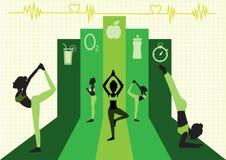 El grupo de yoga presenta en el diseño verde del fondo, ejemplo Imagenes de archivo