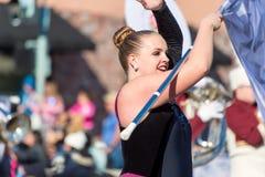 El guardia de honor/la muchacha de la bandera, torneo de rosas desfila Foto de archivo