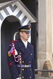 El guardia del castillo en Praga Fotos de archivo libres de regalías