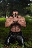 El guerrero está rogando para ninguna lucha de la espada Fotografía de archivo libre de regalías