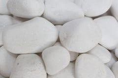 El guijarro blanco empiedra zen Imágenes de archivo libres de regalías