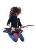 El guitarrista de metales pesados salta en el aire Fotos de archivo libres de regalías