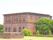 El gumbaz de Gol pone a tierra el bijapur Karnataka la India imágenes de archivo libres de regalías