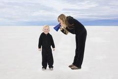 El hablar con nuestros niños Imagen de archivo libre de regalías