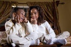 El hablar de las hermanas Imagen de archivo libre de regalías