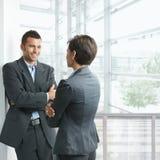 El hablar de los empresarios Imagen de archivo libre de regalías