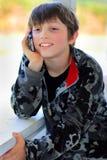 El hablar relajado del niño Fotografía de archivo libre de regalías
