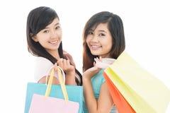 El hacer compras con el amigo Imagen de archivo libre de regalías