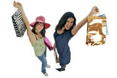 El hacer compras con el amigo Foto de archivo libre de regalías