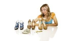 El hacer compras de los zapatos Foto de archivo libre de regalías