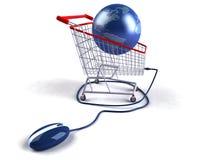 El hacer compras en el Internet Foto de archivo libre de regalías