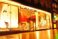 El hacer compras en París Fotografía de archivo libre de regalías