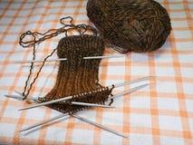El hacer punto de calcetines Imagen de archivo libre de regalías
