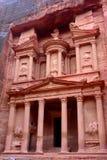 El Hacienda (Al Khazneh) en el Petra Fotos de archivo libres de regalías
