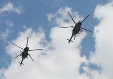 El helicóptero de Mi-8AMTSH en el ensayo del desfile de la victoria en Moscú Fotografía de archivo