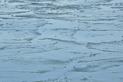 El hielo de la leche desnatada modela la boca de Humber en enero Fotos de archivo libres de regalías
