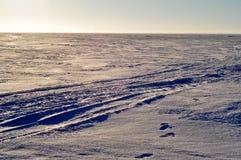 El hielo en el lago Pskovskoe. Fotos de archivo libres de regalías