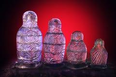 El hielo jerarquizó las muñecas Imagenes de archivo
