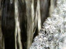 El hielo y el agua imagen de archivo
