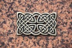 El hierro echó el nudo céltico imagen de archivo libre de regalías