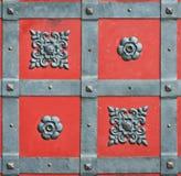 El hierro labrado del elemento forjó el castillo de la puerta Fotografía de archivo libre de regalías