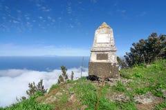 El Hierro, Monumento al generał Serrador - Zdjęcia Stock