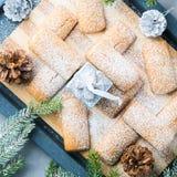 El hogar del invierno hizo las galletas para la Navidad cuadrado Imagen de archivo