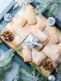 El hogar del invierno hizo las galletas para la Navidad vertical Foto de archivo libre de regalías