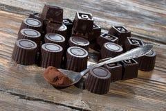 El hogar hizo el chocolate oscuro imagen de archivo