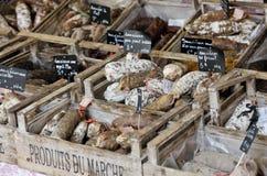 El hogar hizo saussages franceses Fotos de archivo libres de regalías