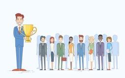 El hombre de negocios consigue a empresarios premiados el equipo del grupo Imágenes de archivo libres de regalías