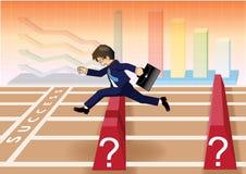 El hombre de negocios corre y salta sobre obstáculos a la línea del éxito Fotos de archivo