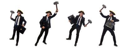 El hombre de negocios del pirata con el martillo y la cartera aislados en blanco imagen de archivo libre de regalías