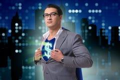El hombre de negocios en concepto del super héroe con la cubierta roja Foto de archivo libre de regalías
