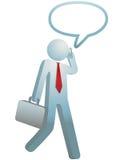 El hombre de negocios ocupado recorre las negociaciones sobre el teléfono celular libre illustration