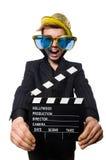 El hombre divertido con la tablilla de la película imagen de archivo libre de regalías