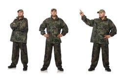 El hombre joven en el uniforme del soldado aislado en blanco fotos de archivo