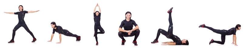 El hombre joven que hace ejercicios Imagen de archivo libre de regalías