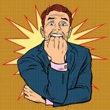 El hombre retro en horror muerde el puño stock de ilustración