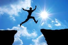 El hombre salta Foto de archivo libre de regalías
