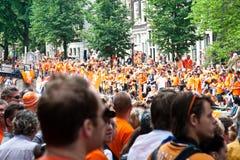 El honrar de las personas de fútbol holandesas Fotografía de archivo libre de regalías