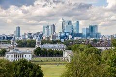 El horizonte de Canary Wharf en Londres Fotografía de archivo libre de regalías