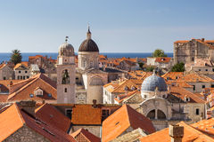 El horizonte de la ciudad vieja en Dubrovnik Imágenes de archivo libres de regalías