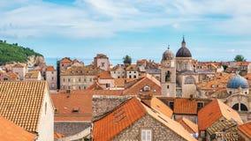 El horizonte elegante de la ciudad vieja de Dubrovnik, Croacia fotografía de archivo