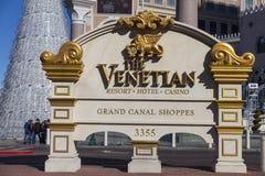 El hotel veneciano firma adentro Las Vegas, nanovoltio el 10 de diciembre de 2013 Imágenes de archivo libres de regalías