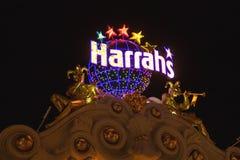 El hotel y el casino de Harrah firman adentro Las Vegas Foto de archivo