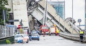 El hundimiento de puente colgante Morandi Ponte Morandi fotografía de archivo