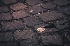 El icono en el pavimento Imagen de archivo libre de regalías
