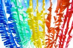 El indicador plástico colorido cerca recicla concepto Imagenes de archivo