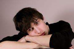 El individuo joven triste Imagen de archivo